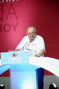 Στο βήμα του  Ιδρυτικού  Συνεδρίου ΣΥΡΙΖΑ, Ιούλιος 2013