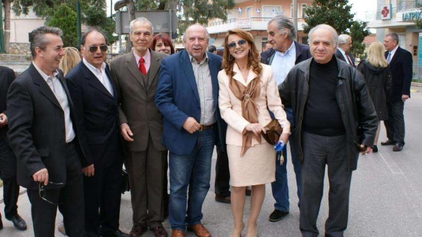 Από τις συμπάθειες των Συριζαίων Αχαρνών οι Τάκης Παπανίκας και Μαρία Ναυροζίδου